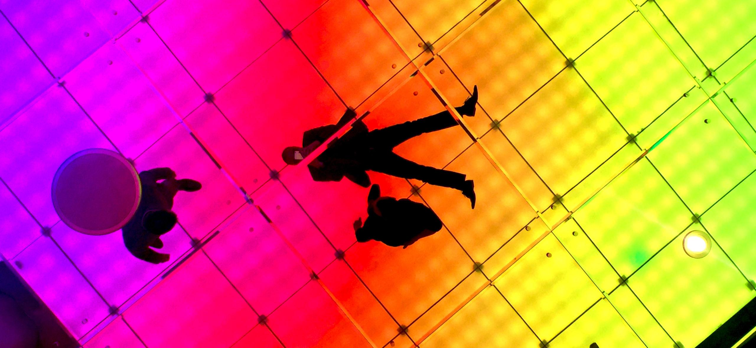 Sean Harris color mirror